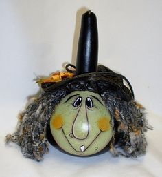 Halloween Witch Gourd Hand Painted by FromGramsHouse on Etsy Diy Halloween Decorations, Halloween Crafts, Christmas Crafts, Halloween Stuff, Halloween Costumes, Pumpkin Face Paint, Pumpkin Painting, Pumpkin Faces, Halloween Gourds