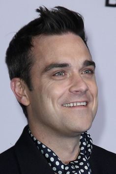how to choose a haircut for guys s hair style robbie williams hair 4169