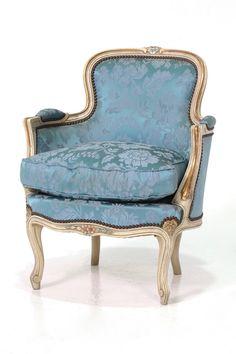 商品ID32186 商品名フレンチシングルソファ(アームチェア) 輸入国フランス 年代1920 材質ビーチ材 サイズ横幅:630 奥行:670 高さ:800mm (座面まで500) 重さ:12kg 業販価格¥59,900 (¥64,692 税込)  Product ID 32186 Product Name French single sofa (armchair) Importing country France age 1920 Material Beech Size Width: 630 Depth: 670 height: 800mm (up to the seat surface 500) Weight: 12kg Industry sales price ¥ 59,900 (¥ 64,692 including tax)  フランスアンティークのシングルソファ。華やかな空間づくりにピッタリなアイテムですヨ
