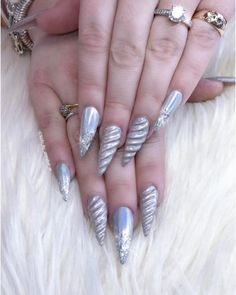 don't care how hard typing will be. Unicorn horn nails are the biggest manicure trend of horn nails are the biggest manicure trend of Diy Unicorn, Unicorn Nail Art, Pointy Nails, Stiletto Nail Art, Simple Nail Designs, Nail Art Designs, Hair And Nails, My Nails, Plain Nails