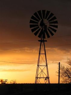 New Mexico Sunsets at at Burnt Well Guest Ranch. #duderanch