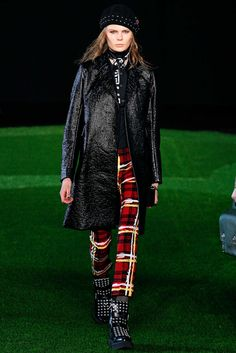 Marc by Marc Jacobs Fall 2015 Ready-to-Wear Fashion Show - Alexandra Elizabeth