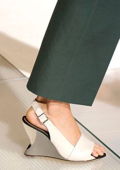 The Spring 2013 Accessories Report - See It Through - Marni