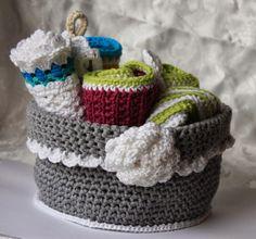 Polly kreativ: Wolleleien - Korb gehäkelt