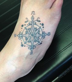compass rose @zombiemuerte
