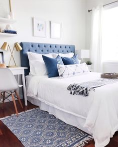 51 Trendy bedroom white and gold brass Trendy Bedroom, Cozy Bedroom, Dream Bedroom, Bedroom Decor, Bedroom Ideas, Bedroom Green, White Bedroom, Bedroom Colors, Beach Bedding Sets