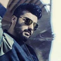 he's so handsome Arjun Kapoor Hairstyle, Beard Boy, Beard Growth, Boys Dpz, Boy Poses, Awesome Beards, Bollywood Actors, Film Industry, Indian Actresses