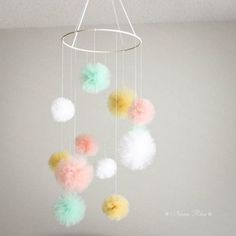 White, Mint, Gold, Peach Pom Pom color used!