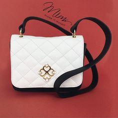 Bolsa Mini Cookie em branco e preto   ️️️️️www.mimsbags.com #bolsadecouro #minibag #bolsa