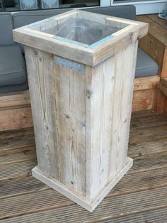 Wood Planters, Garden Planters, Recycling Station, Outdoor Pallet Projects, Lake Cabins, Woodworking Bench, Barn Wood, Pallets, Wood Crafts