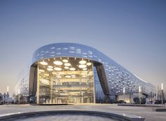 Haining Leather City, Wuhan, China / Highthink architects Parametric Architecture, Architecture Visualization, Futuristic Architecture, Facade Architecture, Amazing Architecture, Curve Building, Mix Use Building, Building Facade, Shopping Mall Architecture