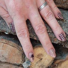 Natasja Evenepoel Autumn Theme, Fall 2016, Essie, Rings For Men, Nail Art, Nails, Finger Nails, Men Rings, Ongles