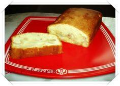 Pão de ló de pera e nozes