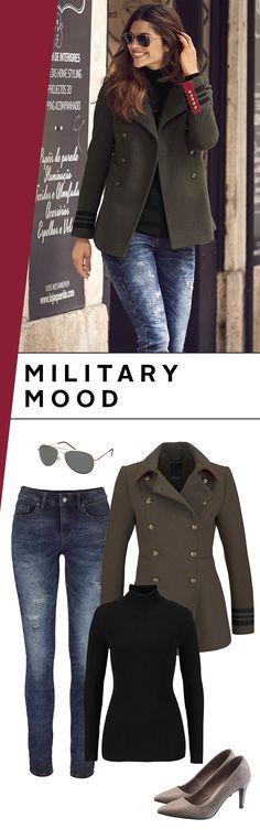 Feminin, elegant und cool zugleich kann eine Jacke im Military-Look dein Outfit um Längen nach vorne bringen! Kombiniere es einfach mit klassischen Basics wie einem Rollkragenpullover, engen Jeans und Pumps. Abtreten!