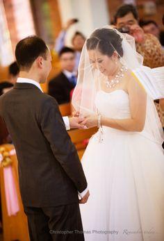 Brisbane Wedding Photographer, wedding ring exchange, Christopher Thomas Photography
