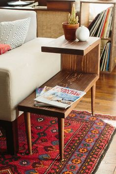 Make your own mid century furniture- Tiered mid-century modern side table. Great idea for creating storage, from plants to magazines to remote controls. This looks like it could be an easy DIY project. Mid Century Modern Living Room, Mid Century Modern Furniture, Midcentury Modern, Modern Room, Contemporary Furniture, Mid Century Modern Lamps, Mid Century Modern Decor, Contemporary Rugs, Vintage Living Rooms