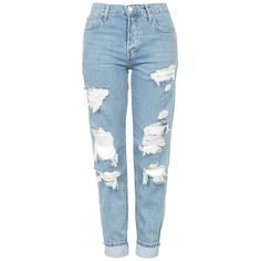 TOPSHOP 'Hayden' Super Ripped Boyfriend Jeans (€76) ❤ liked on Polyvore featuring jeans, pants, bottoms, calças, blue boyfriend jeans, light wash boyfriend jeans, ripped boyfriend jeans, blue denim jeans and torn boyfriend jeans