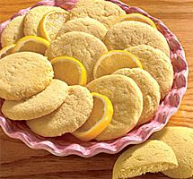 with Lemon - Lemon-cookies -Biscuits with Lemon - Lemon-cookies - Kekse dekorieren 13 great tricks: Decorating cookies and biscuits Pudding Chocolate Chippers Sicilian Recipes, Turkish Recipes, Greek Recipes, Scottish Recipes, Hungarian Recipes, Romanian Recipes, Cookie Recipes, Snack Recipes, Biscuit Pudding