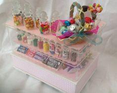 Maison de poupées Miniatures - magasin de bonbons / comptoir de magasin de bonbons