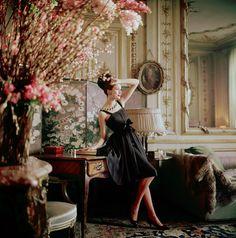Mark Shaw : Gitta Schilling, Dior Glamour,1960.