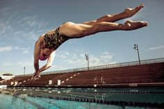 Shark In Swimming Pool Swimming Pool Images, Swimming Pool House, Swimming Diving, Swimming Pools, Swimming Funny, Sport Gymnastics, Olympic Gymnastics, Olympic Games, Swimmer Problems