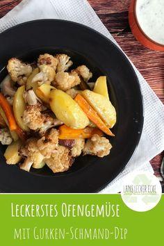 Ofengemüse geht immer! Hier in einer sommerlichen Variante mit Blumenkohl und Kartoffeln. Dazu kombiniert gibt es einen herrlichen Gurken-Schmand-Dip. #Sommer #Ofengemüse #Blumenkohl #herzhaft #einfach Foodblogger, World Recipes, Post, Chicken, Cauliflowers, Simple, Cubs