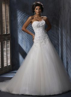 Bridal Gowns: Maggie Sottero A-Line Wedding Dress with Sweetheart Neckline and Dropped Waist Waistline