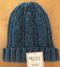 Lazy Traveler Beanie pattern by Knots of Love
