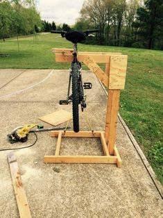 Homemade Wooden Bicycle Stand With Dual Mounting: 5 Steps (with Pictures) Homemade Bike Stand, Bike Stand Diy, Bike Work Stand, Bike Repair Stand, Bicycle Stand, Wood Bike Rack, Diy Bike Rack, Bicycle Storage, Bike Maintenance Stand