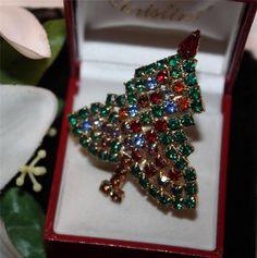 Vtg Colourful Rhinestone Christmas Tree Brooch