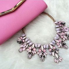Imagem de pink, fashion, and necklace