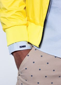 Functional innovation and formal experimentation come together in a unique sportswear design. SUN68 Mna SS15 #rainjacket #SUN68 #SS15