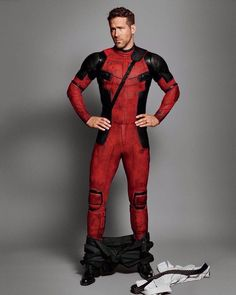 Ryan Reynolds being awesome as always. - Imgur