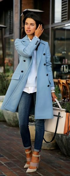 Love the color of this coat. Also like the length, but I wonder if a coat that long would swallow me because I'm so short...