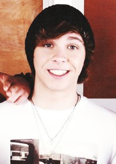 Keaton Stromberg in a beanie. <3 I just died.!