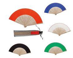 Abanico bambú para regalar en bodas. Colores surtidos y presentado en bolsita. http://www.regalodetalles.es/abanico-bambu-bolsa-p2403-p-3024.html