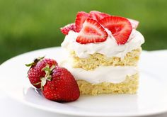 Two delicious details make this strawberry shortcake recipe perfect for diabetics and low carbers: The lack of sugar, and the abundance of freshness from plu...