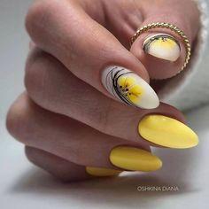 Burgundy Acrylic Nails, Aqua Nails, Yellow Nails, Best Acrylic Nails, Stylish Nails, Trendy Nails, Nails Design With Rhinestones, Xmas Nails, Pretty Nail Art