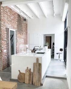 Wooden Home Decor Interior Design Tips, Interior Inspiration, Rustic Kitchen Design, Kitchen Designs, Kitchen Styling, Kitchen Interior, Decoration, New Homes, House Design