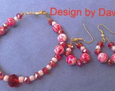 Bead bracelet, beaded earring,beaded bracelet set, stone bead,crystal bead, wire, hoop earring,red,white.bracelet,earring,marble bead by doubledzbeadz. Explore more products on http://doubledzbeadz.etsy.com