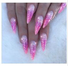 Pink glitter ombré almond nails pinknails# glitter# ombrenails# n. Almond Nails Pink, Pink Glitter Nails, Pink Ombre Nails, Glitter Acrylics, Glam Nails, Cute Nails, Pointed Nails, Stiletto Nails, Coffin Nails