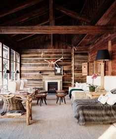 Interior design in the style chalet