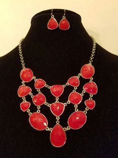 Red and Gold Alloy Necklace Set