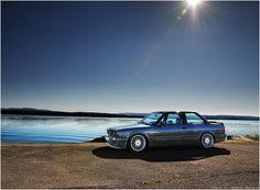 BMW E30 MmmmmmmmmmThreeeeeeee