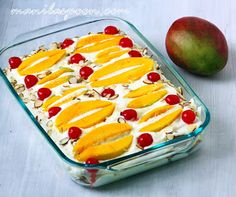 BAKING required for this fruity-licious chilled dessert. Juicy mangoes float on mango-flavored cream then garnished with red cherries. Mango Dessert Recipes, Mango Recipes, Delicious Desserts, Yummy Food, Easy Recipes, Filipino Desserts, Asian Desserts, Filipino Food, Filipino Recipes