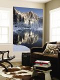 Yosemite Falls in Winter Reflected in the Merced Rive Poster géant par Douglas Steakley