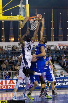 Basket Playoff Adecco Silver 1°quarto di finale 3 maggio 2014: Remer Treviglio - Bawer Matera