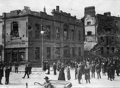 Damage to the Northumberland Hotel, during the 1916 Rising, Dublin, Ireland.