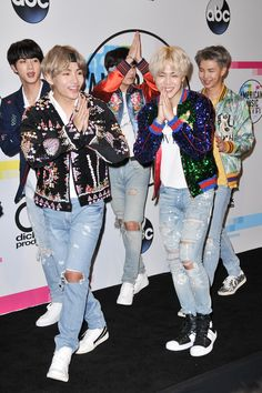 ☆〜BTS at the 2017 American Music Awards Press Room at Microsoft Theater on November 19, 2017 in Los Angeles. ★彡