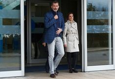 On April 7, 2018, King Felipe, Queen Letizia and Queen Sofia visited King Juan Carlos after his knee surgery at La Moraleja de Sanitas University Hospital in Madrid, Spain. Former King Juan Carlos has been operated to replace the prosthesis of his right knee.